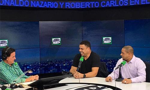 """Ronaldo từng """"mượn"""" vợ của Figo để bào chữa thói ham chơi"""