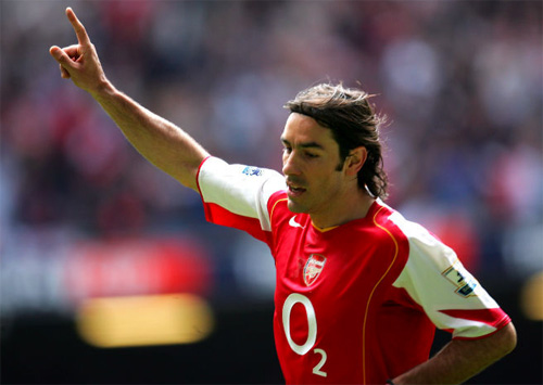 robert-pires-va-hoi-uc-ve-mot-arsenal-bat-bai