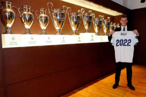 Gareth Bale soán ngôi ông hoàng lương bổng của Ronaldo