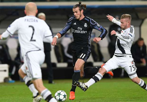 Real mất điểm cho Legia sau khi dẫn trước hai bàn