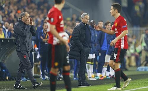 Scholes gạch nát danh sách đội hình của Man Utd vì giận