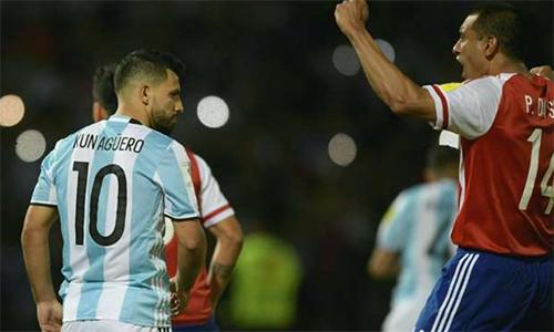 Argentina gạt Aguero khỏi đội hình chính đấu Brazil