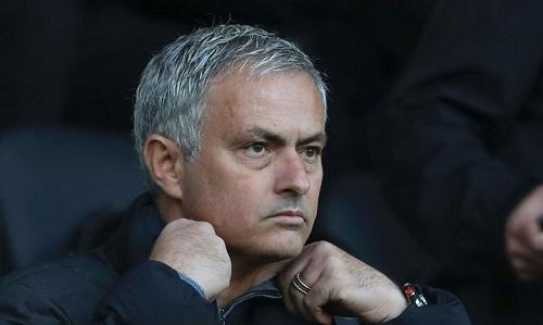 """Chủ tịch FIFA: """"Bóng đá cần người như Mourinho"""""""