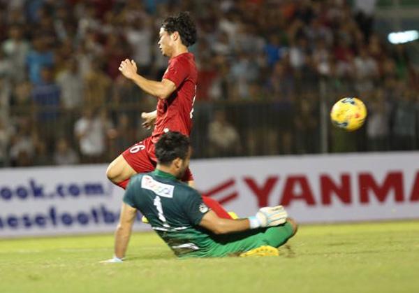 Việt Nam hoà CLB Nhật Bản trước khi lên đường dự AFF Cup