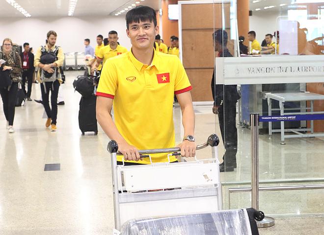 Tuyển Việt Nam lùi buổi tập trên đất Myanmar - ảnh thể thao