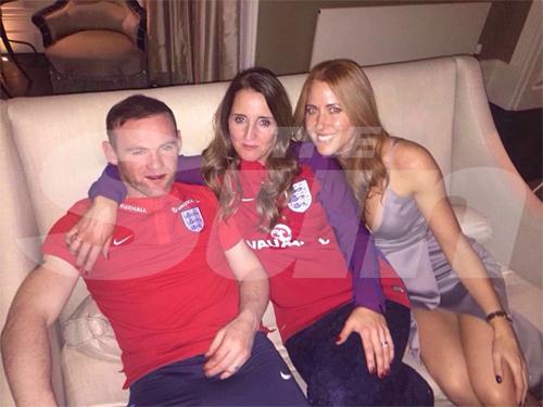 Rooney xin lỗi vì hình ảnh bê bối