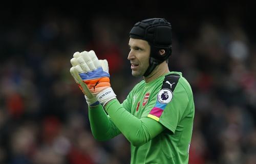 """Cech: """"Arsenal sẽ kết liễu giấc mộng vô địch của Man Utd"""""""