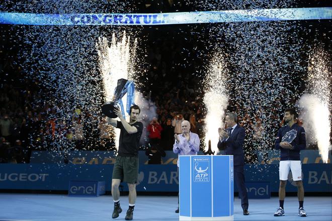 Djokovic lặng lẽ nhìn Murray đăng quang World Tour Finals - ảnh thể thao