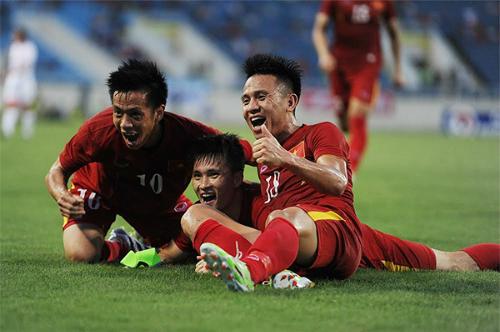 """Malaysia sẽ """"chăm sóc đặc biệt"""" Công Vinh và Văn Quyết"""