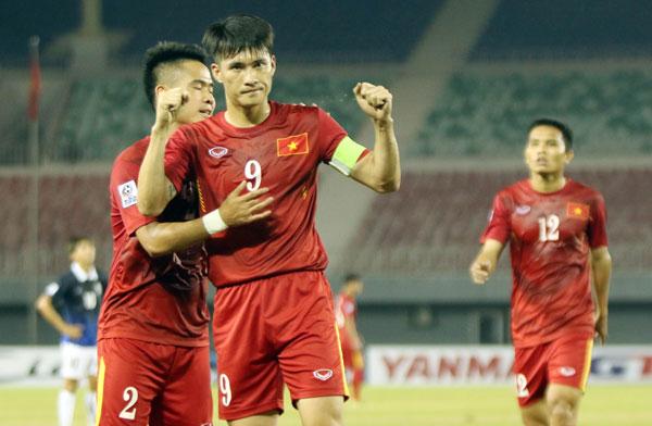 Việt Nam toàn thắng vòng bảng, gặp Indonesia ở bán kết AFF Cup