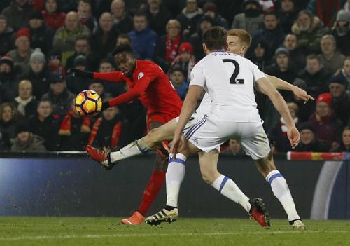 Liverpool thắng trận muộn màng nhờ ngôi sao dự bị