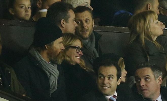 Nữ diễn viên Julia Roberts xem Man Utd thi đấu