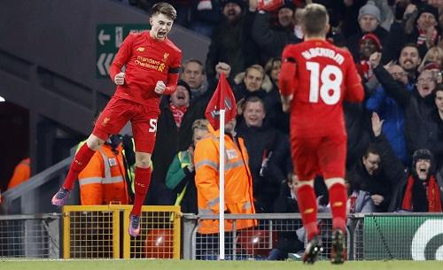 Sao trẻ lập kỷ lục, Liverpool vào bán kết Cup Liên đoàn