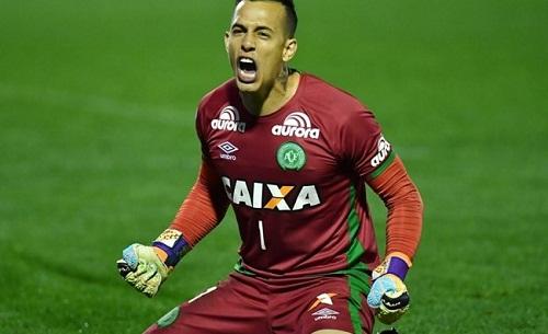 Đối thủ kêu gọi trao Cup vô địch cho đội bóng Brazil xấu số