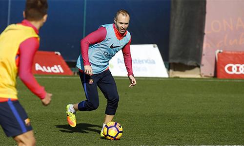 Iniesta bình phục, kịp dự El Clasico