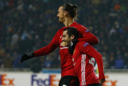 Mkhitaryan nổ súng lần đầu, Man Utd đi tiếp ở Europa League