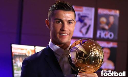 Ronaldo tri ân Real, Bồ Đào Nha khi nhận Quả Bóng Vàng 2016