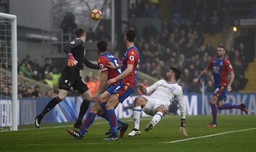 Costa giúp Chelsea chạm mốc kỷ lục 11 trận thắng