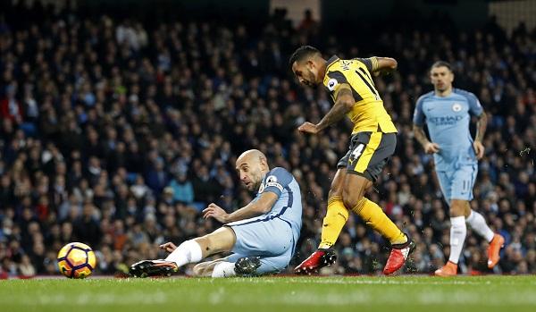 Man City lên nhì bảng nhờ trận thắng Arsenal