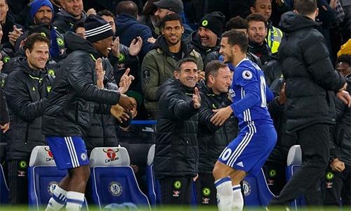 CĐV Chelsea giận Conte vì không sử dụng chân sút giá 50 triệu đôla
