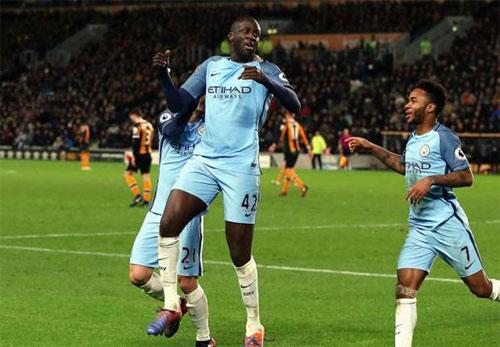 Guardiola hết lời ca ngợi màn trình diễn của Yaya Toure