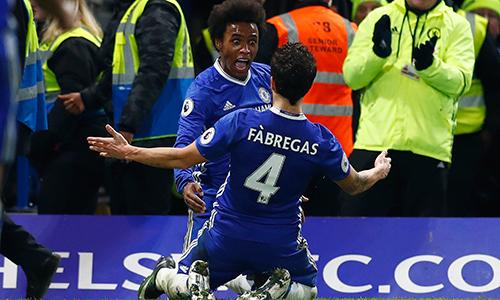 Fabregas lập kỷ lục kiến tạo ở Ngoại hạng Anh