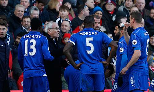 Leicester là nhà vô địch có thành tích tệ nhất sau 20 vòng ở Ngoại hạng Anh