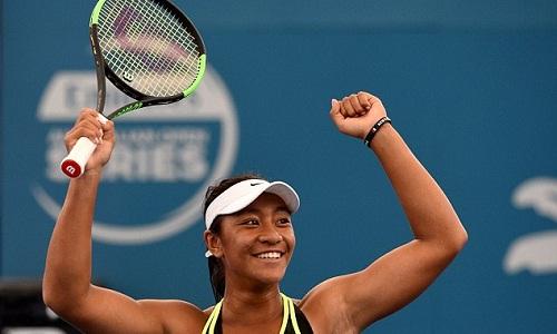 Tay vợt sinh năm 2000 đầu tiên thắng trận ở WTA