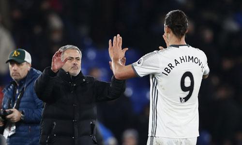 Mourinho chơi tất tay ở bán kết Cup Liên đoàn dù cuối tuần gặp Liverpool