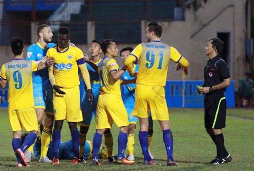CLB Thanh Hóa khiếu nại vụ đội trưởng bị treo giò tám trận