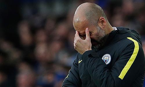 """Danny Mills: """"Guardiola đang khủng hoảng tại Man City"""""""
