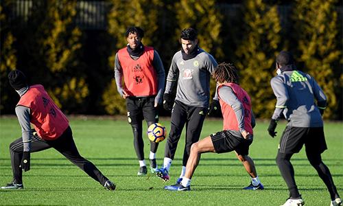 Diego Costa làm hòa với HLV Conte sau tranh cãi về thể lực