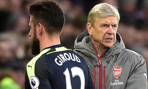 Wenger lo ngại mối đe dọa từ các CLB Trung Quốc