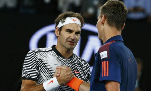Federer tiếp bước Murray, vào vòng bốn Australia Mở rộng