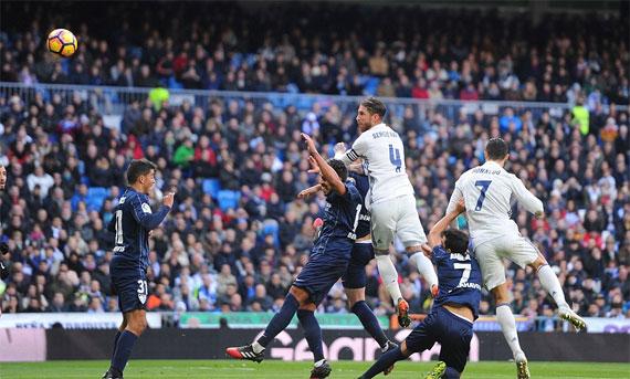Ramos lập cú đúp, Real khôi phục thói quen chiến thắng