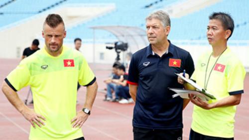 Việt Nam chiêu mộ bác sĩ ngoại phục vụ U20 World Cup và SEA Games