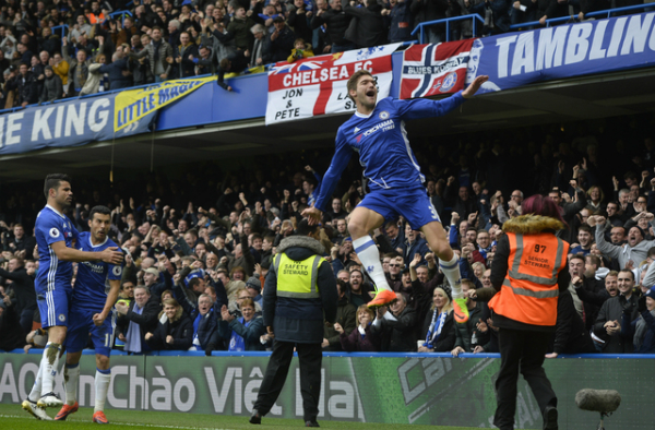 Chelsea đánh bại Arsenal, thẳng tiến tới ngôi vô địch