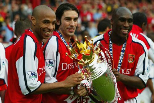 """Sol Campbell: """"Arsenal đang thiếu những cầu thủ có tư chất thủ lĩnh"""""""