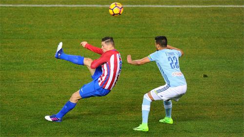 Torres gây sốt với siêu phẩm vô lê tại La Liga