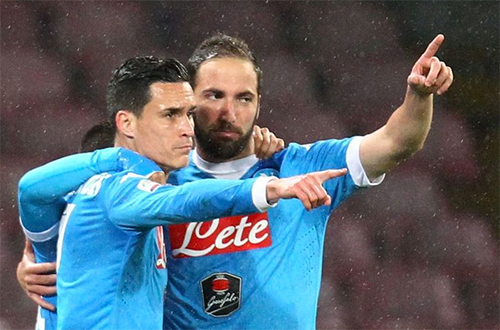 real-napoli-callejon-va-noi-am-anh-co-nhan-2
