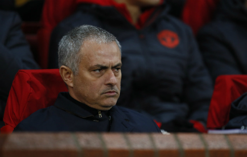 mourinho-chelsea-chi-con-tap-trung-gianh-cup-fa