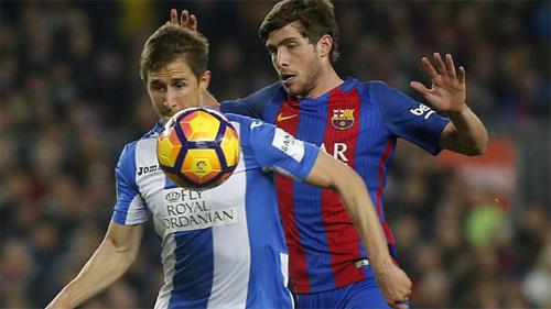 Barca viết lại lịch sử khi dùng đội hình chỉ có một cầu thủ nội