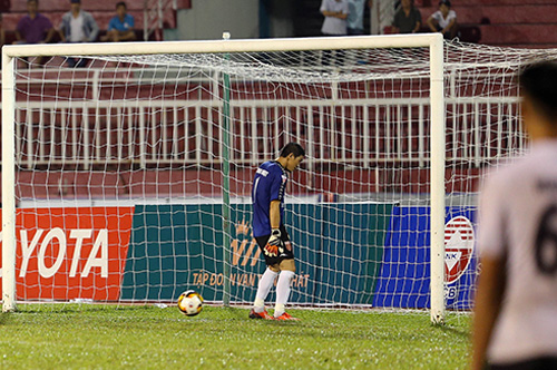 Thủ môn và đội trưởng của Long An bị cấm thi đấu hai năm
