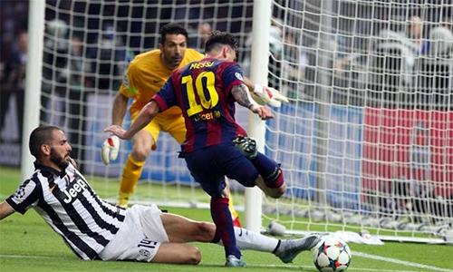 """Bonucci: """"Ronaldo toàn diện, nhưng Messi siêu phàm"""""""