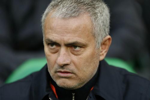 """Cantona: """"Mourinho sẽ giúp Man Utd đoạt nhiều danh hiệu"""""""