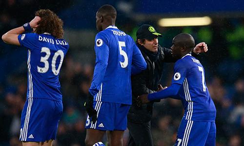 Conte tự hào vì Chelsea dẫn đầu bằng thứ bóng đá chất lượng