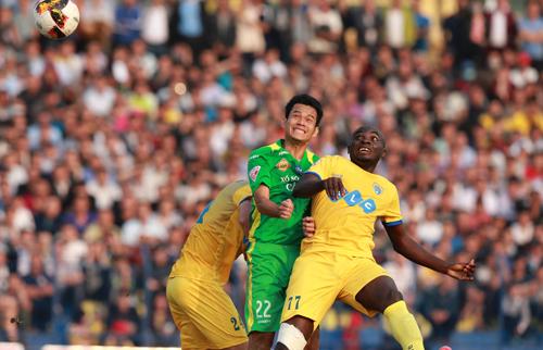 HLV từng vô địch C1 châu Âu bất bại trận thứ tám tại V-League