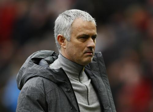 """Mourinho: """"Tôi và Ibrahimovic không cần phải khóc"""""""