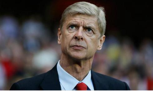 Cựu đội trưởng Arsenal khuyên Wenger nên ra đi