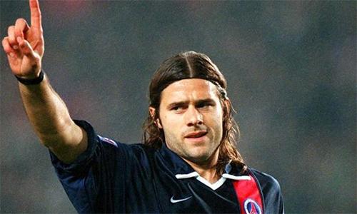 PSG tính chuyện sa thải HLV Emery, tái hợp Pochettino